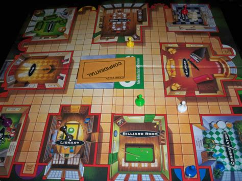 how many rooms in cluedo the cardboard republic 187 clue