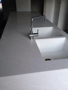 corian arbeitsplatte kaufen arbeitsplatten f 252 r die k 252 che aus holz naturstein und