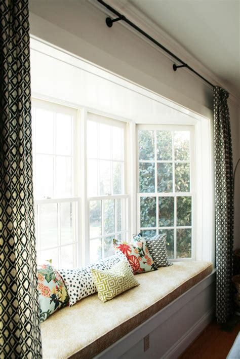 bow window decorating ideas attractive window treatment ideas for bay windows and