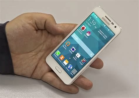 Samsung A3 Vs Sony C3 samsung galaxy a3 philippines price php 16 990 specs