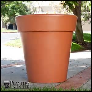 terracotta planter terra cotta pots planters
