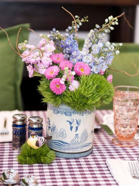 easter table settings centerpieces hgtv