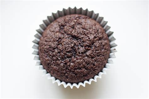 chocolate christmas tree cupcake recipe cookbakeeat