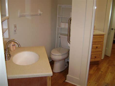 Table Shower Near Me by Dallas Hotels Furnished Cottage