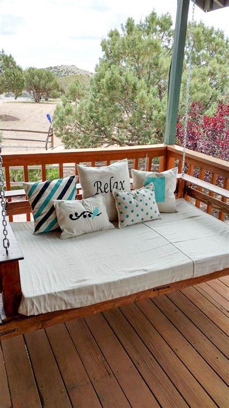 diy pallet bed swing pallet swing ideas the perfect summer diy