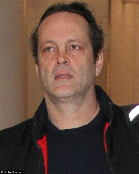 Vince Vaughn - vince vaughn looks worn out and faced as he waddles