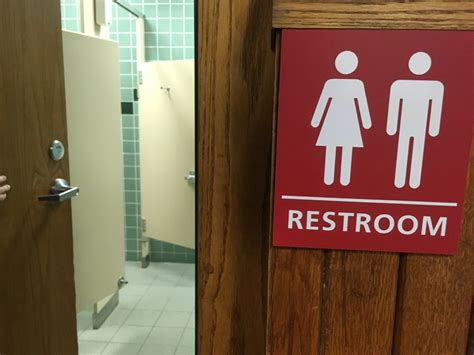 unisex bathrooms california unisex bathrooms in schools 28 images niu may soon