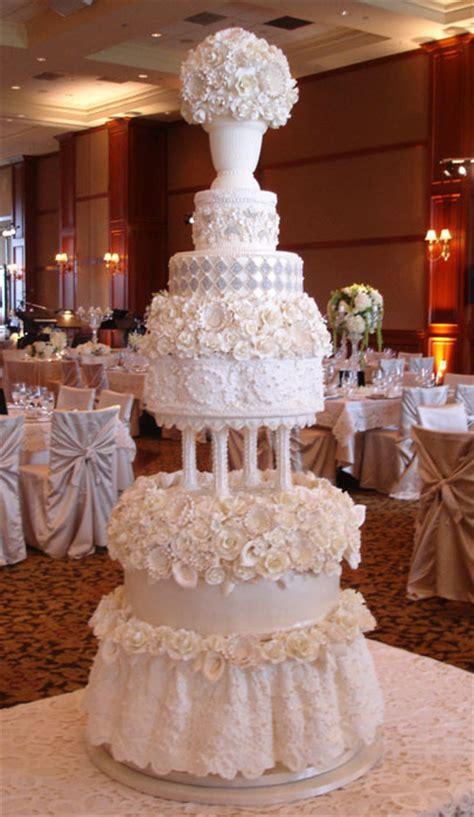 luxury wedding cakes bobbette custom luxury wedding cakes