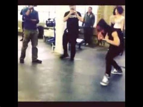 baps jongup  zelo   impromptu dance battle   american backdancer