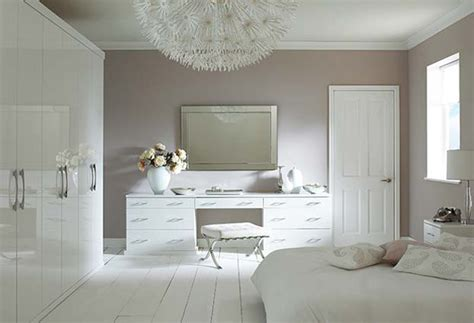 hline beautiful white bedrooms