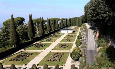 giardini di castel gandolfo castel gandolfo in visita nei giardini papa il mio papa