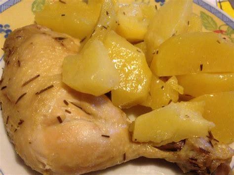 cucinare nella pentola a pressione pollo con patate nella pentola a pressione semplice e