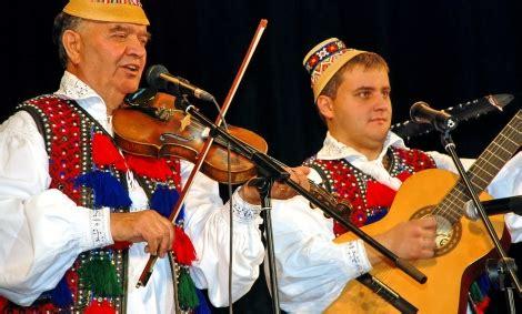 fratii petreus ambasadorii muzicii maramureşene