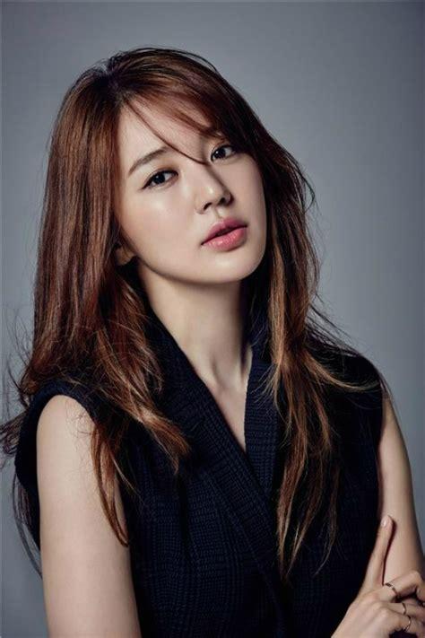 wallpaper artis cantik korea yoon eun hye lips surgerystars