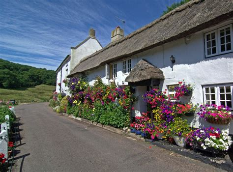 Branscombe Cottages by East Unique Tours