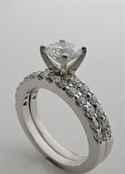 accents bridal engagement ring and wedding band set