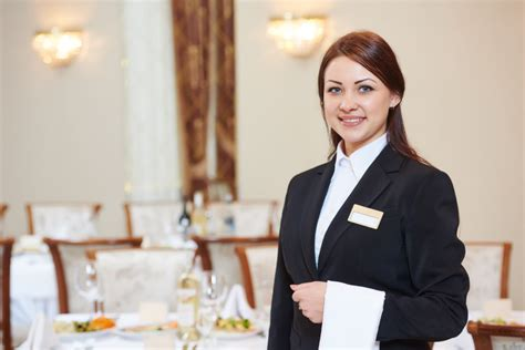 Mba In Hotel Management Govt College by Best Mba Hotel Management Colleges In Bangalore Waitress