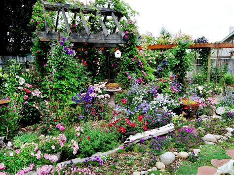 how to design a cottage garden 30 cottage garden ideas with different design elements