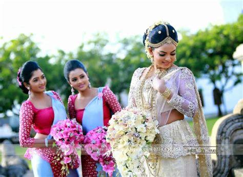 sri lankan actress back side photos srilanka sinhala wedding bridesmaid sri lankan wedding photo