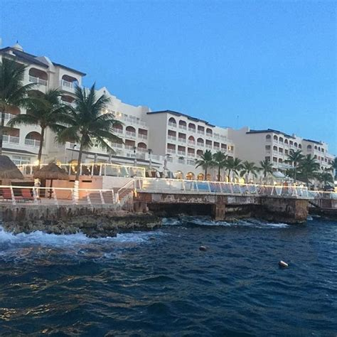 vacation deals to cozumel palace cozumel vacation packages sunquest ca