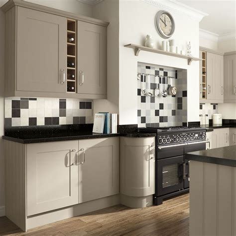 kitchen designers edinburgh kitchens edinburgh edinburgh fitted kitchens kitchen designs edinburgh