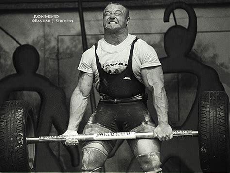 mariusz pudzianowski bench press how to use strongman workouts for mental toughness
