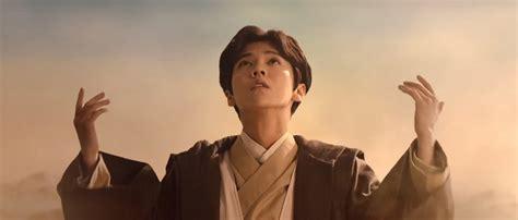 sinopsis film luhan exo video luhan s quot force awakens quot in new mv sbs popasia
