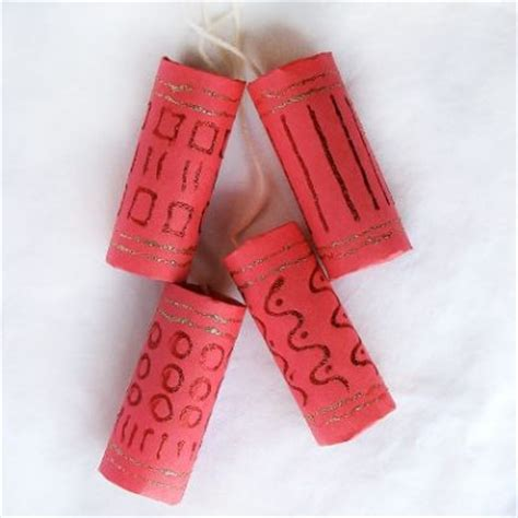 How To Make A Paper Firecracker - cardboard firecrackers family crafts