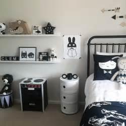 chambre enfant et blanche