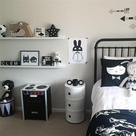 id馥 d馗o chambre noir et blanc chambre enfant et blanche