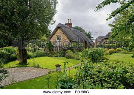 Country Cottages Europe Typical Country Cottages With Thatched Roof