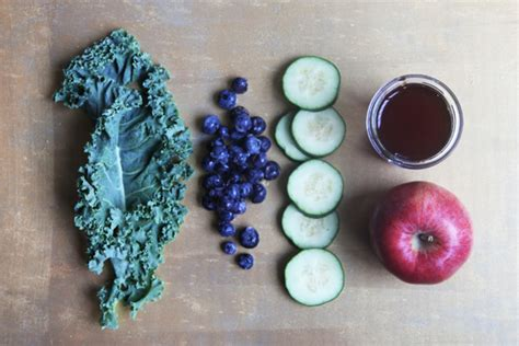 Blueberry Pomegranate Detox by Vegan Smoothie Recipe Vogue And Vegetables