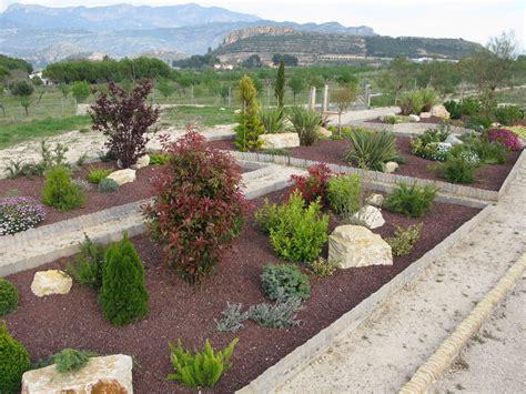 plantas para jardin mediterraneo ideas para dise 241 ar un jard 237 n mediterr 225 neo dise 241 o jardin