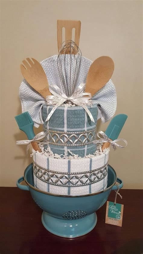 bathroom gift basket ideas best 25 towel cakes ideas on pinterest bridal gift