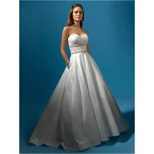 Affordable strapless wedding dresses wedding dress gowns strapless