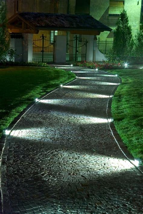 illuminazione giardini led illuminazioe a led per giardini aree verdi e non