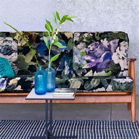designers guild stoffe bloomsbury indigo fabric caprifoglio designers