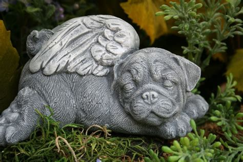 pug statue pug statue pet memorial garden sculpture