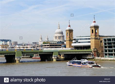 thames river cruise nearest tube station a thames clippers riverbus near southwark bridge and
