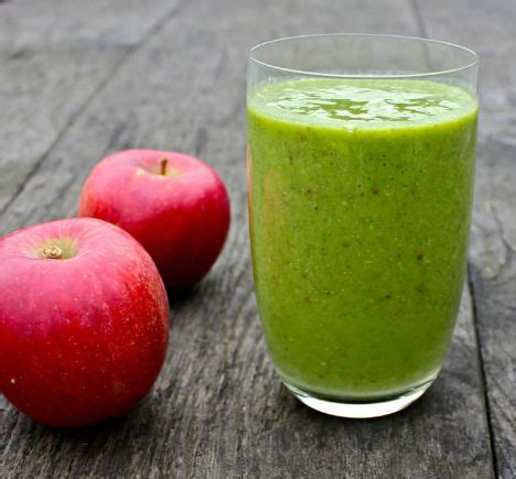 Spinach Apple Detox Smoothie by Detox Diet 14 Smoothies Salads To Boost Health Webecoist