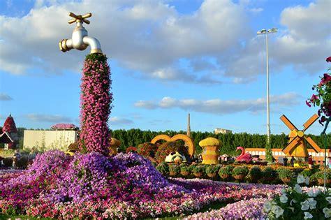 dubai flower garden mishmreow travel dubai miracle butterfly garden