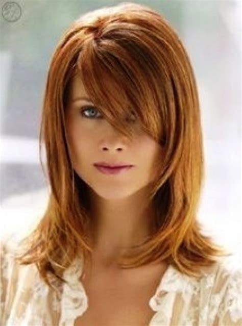 20 Fabulous Hairstyles For Medium And Shoulder length Hair For Women