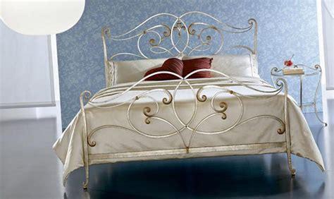 orchidea in da letto letti matrimoniali letto orchidea da ciacci