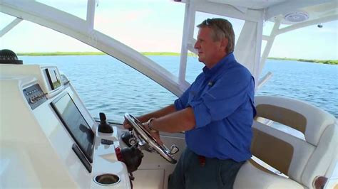 edgewater boats youtube edgewater power boats 335ex review youtube