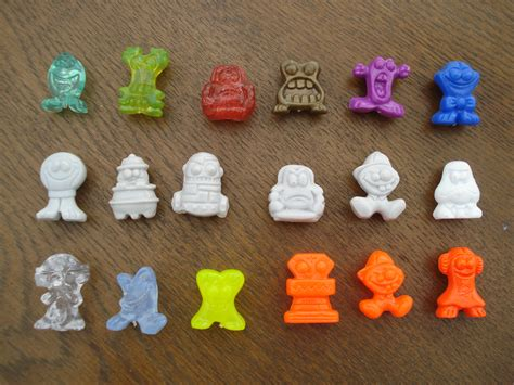 70 S Fads by File 6x3 Crazy Bones Token Jpg Wikimedia Commons