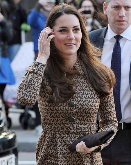 kate middleton photos prove she is perfect kate middleton continues to prove she s queen of the post