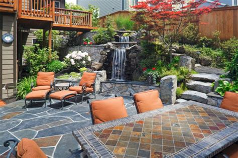 Small Backyard Stone Patio Ideas (Small Backyard Stone