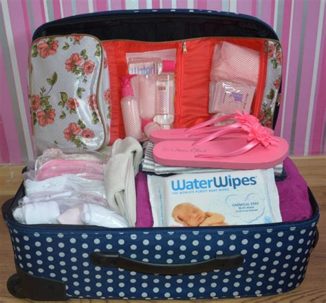packing your maternity hospital bag for and baby