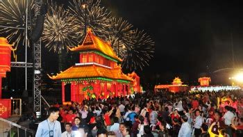new year parade float display and fireworks river hongbao singapore visit singapore