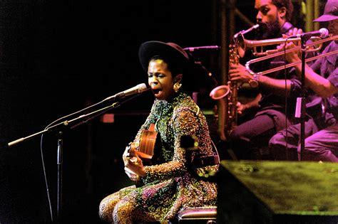 lauryn hill i gotta find peace of mind lyrics lauryn hill torna in italia la recensione del concerto